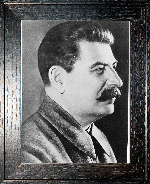 Joseph Stalin Photograph in a Rustic Oak Historical Super special price - Frame Artw Max 71% OFF