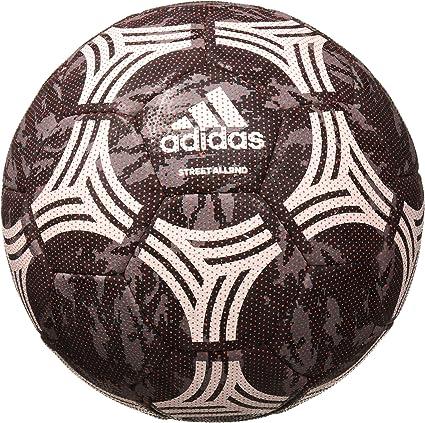 altavoz cicatriz Gallina  Amazon.com: adidas Tango Street Allround Soccer Ball: Sports & Outdoors