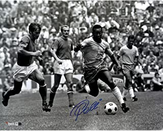 "Pele Brazil Autographed 16"" x 20"" Black & White Horizontal Running Photograph - Fanatics Authentic Certified"