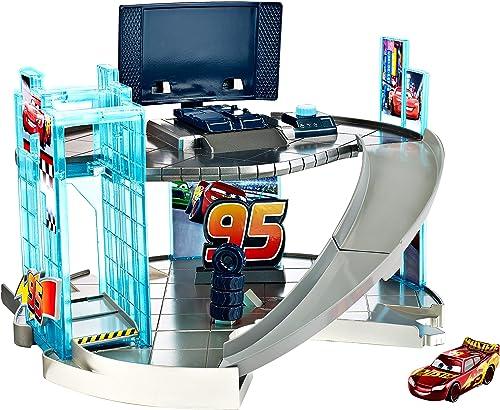 Disney Pixar Cars 3 - Rust-Eze Renncenter