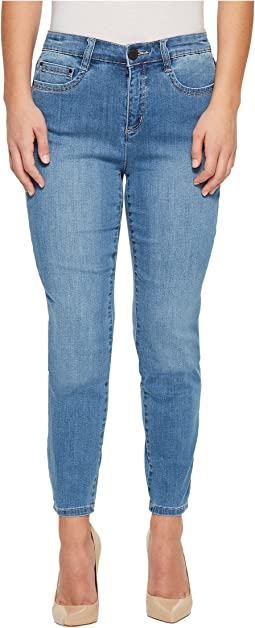 Petite Coolmax Denim Suzanne Slim Leg in Chambray