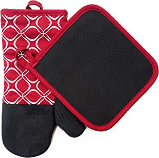 Heat Resistant Hot Oven Mitts & Pot Holders for Kitchen Set With Cotton Neoprene Silicone Non-Slip Grip Set of 2, Oven Gloves for BBQ Cooking Baking, Grilling, Machine Washable (Red Neoprene)