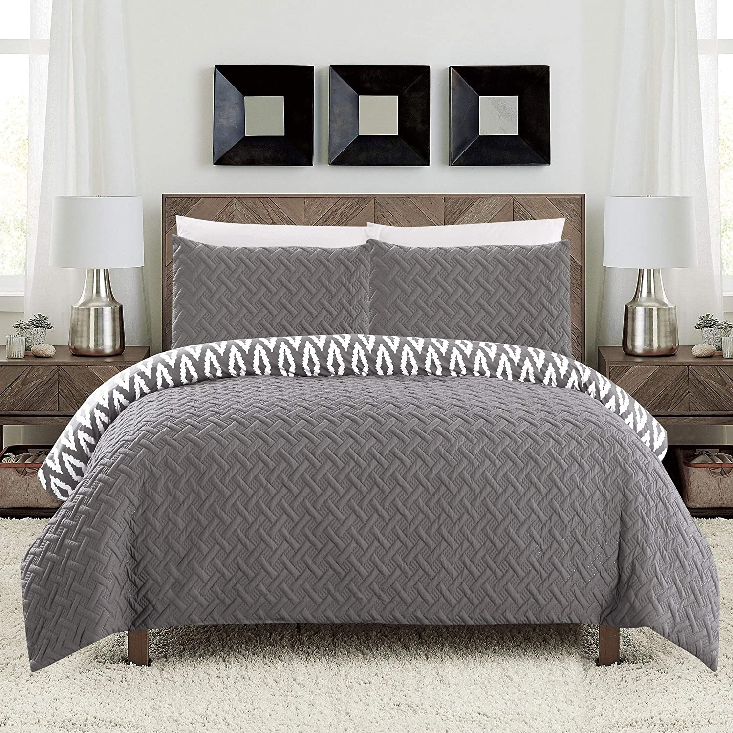 Chic Over item handling ☆ Home Sabina 3 Max 47% OFF Piece Se Comforter Reversible and Embroidered