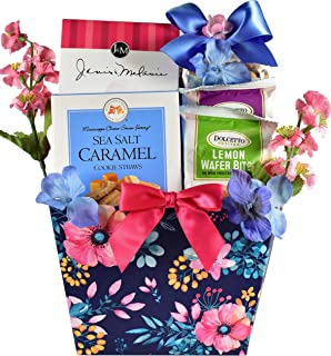 Gift Basket Village A Sweet Welcome!, Gourmet Gift Basket with Gourmet Cookies, Rolled Wafers and Gourmet Popcorn Mix, 3 P...