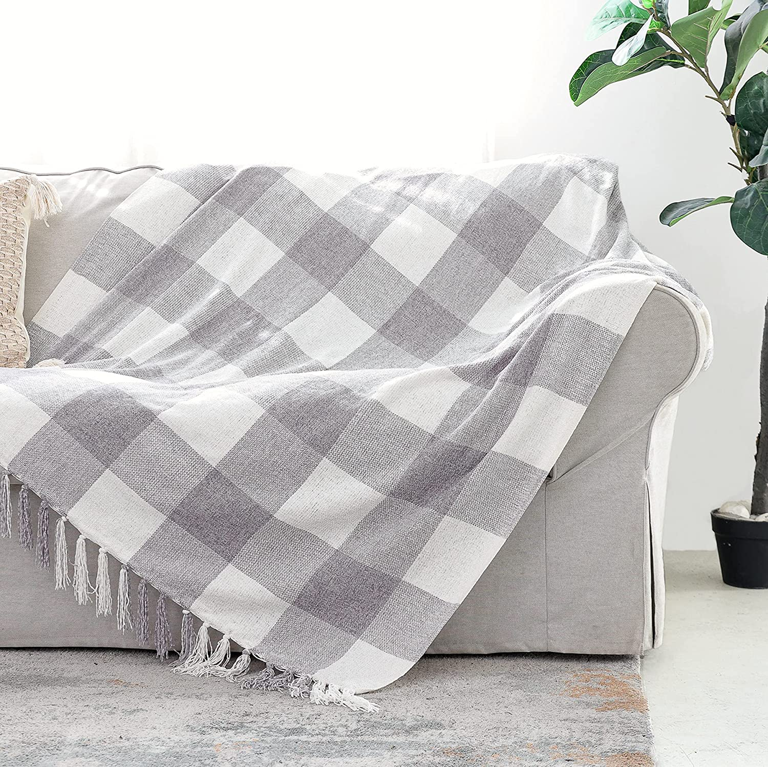 Grey White Buffalo Plaid Decor Blanket, Lightweight Soft Chenille Check Knitted Rustic Farmhouse Throw with Tassels for Couch Sofa Chair Bed Office Home, Gray and Ivory, 50