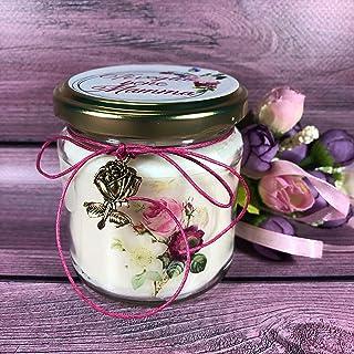 Festa della Mamma Candela al profumo di Rosa Ti voglio bene Mamma con disegni di rose vintage scritta sul tappo e ciondolo...