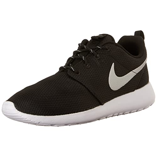 e66455e9b44f Nike Women s Roshe Run Fitness Shoes