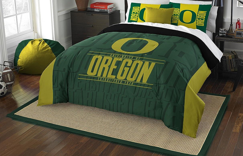 NCAA Modern Take Full/Queen Comforter and 2 Sham Set