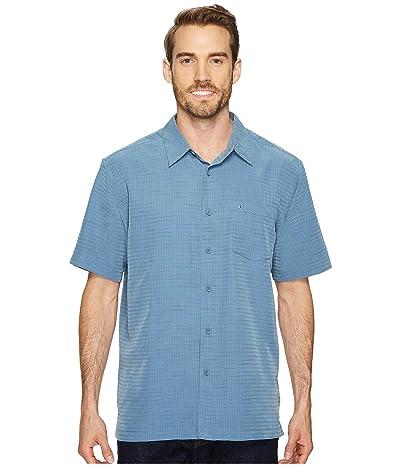 Quiksilver Waterman Centinela 4 Short Sleeve Shirt (Dark Denim) Men