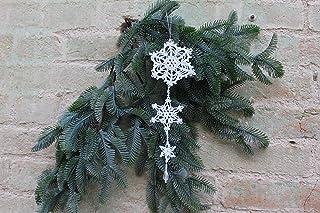 Copos de nieve blancos para decoraciones navideñas de ganchillo