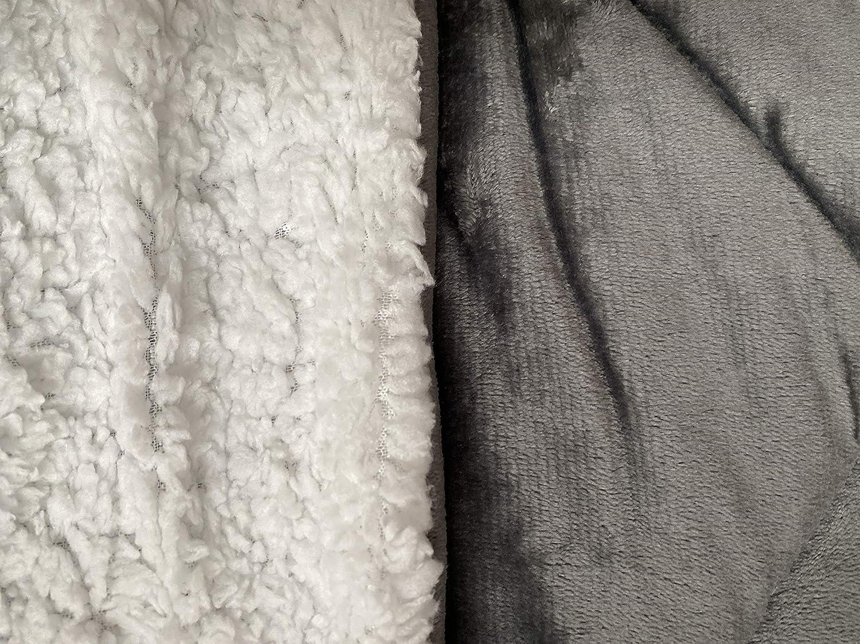 Eurostyle - Couvre-lit matelassé en flanelle de flanelle XIWO - 220 x 240 cm - Rembourré souple - Bleu Gris Clair (Ral 7035)