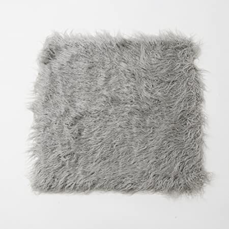 Amazon Com Best Home Fashion Closeout Grey Mongolian Lamb Faux Fur Pillow Cover 24 Set Of 2 Covers Home Kitchen