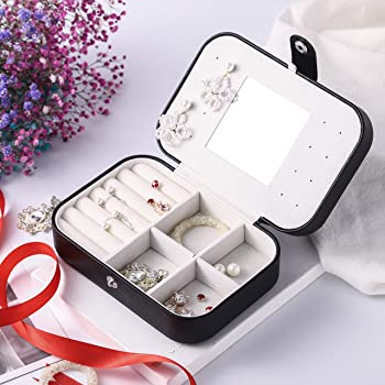 small jewelry box - mini jewelry box - Women travel jewelry case, Portable small jewelry organizer for Rings Earrings Necklace, Gifts for Girls Women (Black)