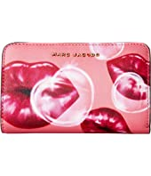 Marc Jacobs - Printed Lips Saffiano Compact Wallet