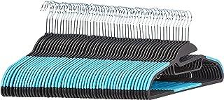 Amazon Basics Lot de 50 cintres en plastique ultra robustes antidérapants avec caoutchouc et barre horizontale Bleu