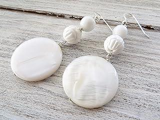 Orecchini con madreperla e agata bianca, pendenti in argento 925, gioielli contemporanei, bijoux pietre dure, regalo per lei