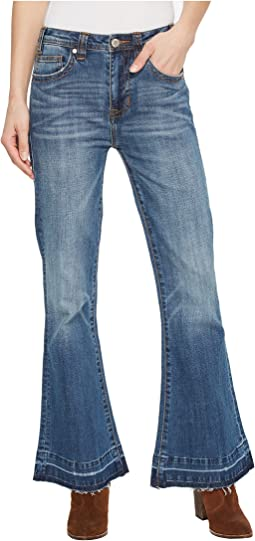 Rock and Roll Cowgirl High-Rise in Medium Wash W8H5100