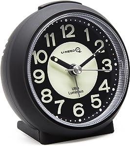Reloj despertador de cuarzo con alarma de U-needQ, no hace tictac, con repetición de alarma a los 5 minutos, luz nocturna, tamaño pequeño, peso ligero, fácil de usar, ideal para viajes y niños