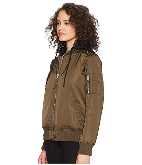 Levi S 174 Flight Bomber With Welt Pockets At Zappos Com
