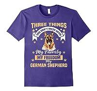 Three Things You Don\\\'t Mess With My German Shepherd T-shirt Purple
