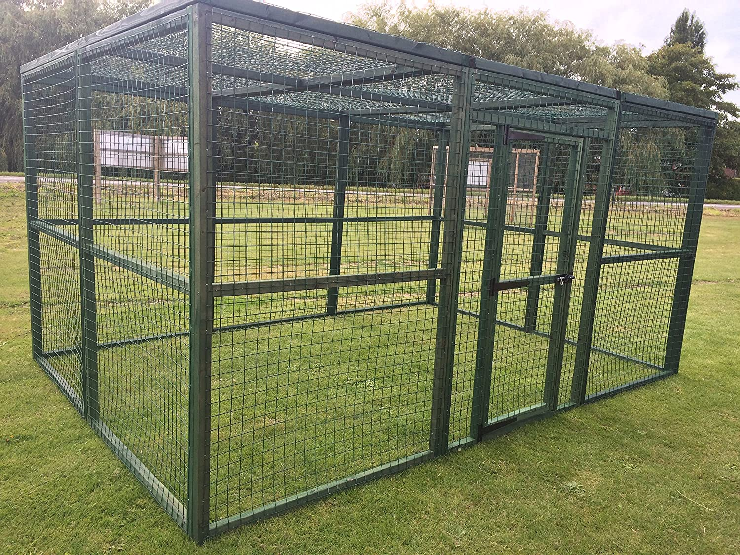 4wire Large PVC Coated Green Outdoor Animal Pet Run 12ft x 8ft Dog Run (With a mesh roof.)