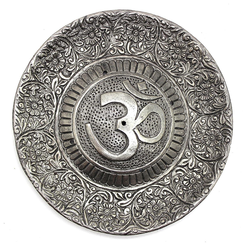 アイドル司教セットするGovinda - Tibetan Incense Burner - Larger OM Symbol - 11cm Diameter