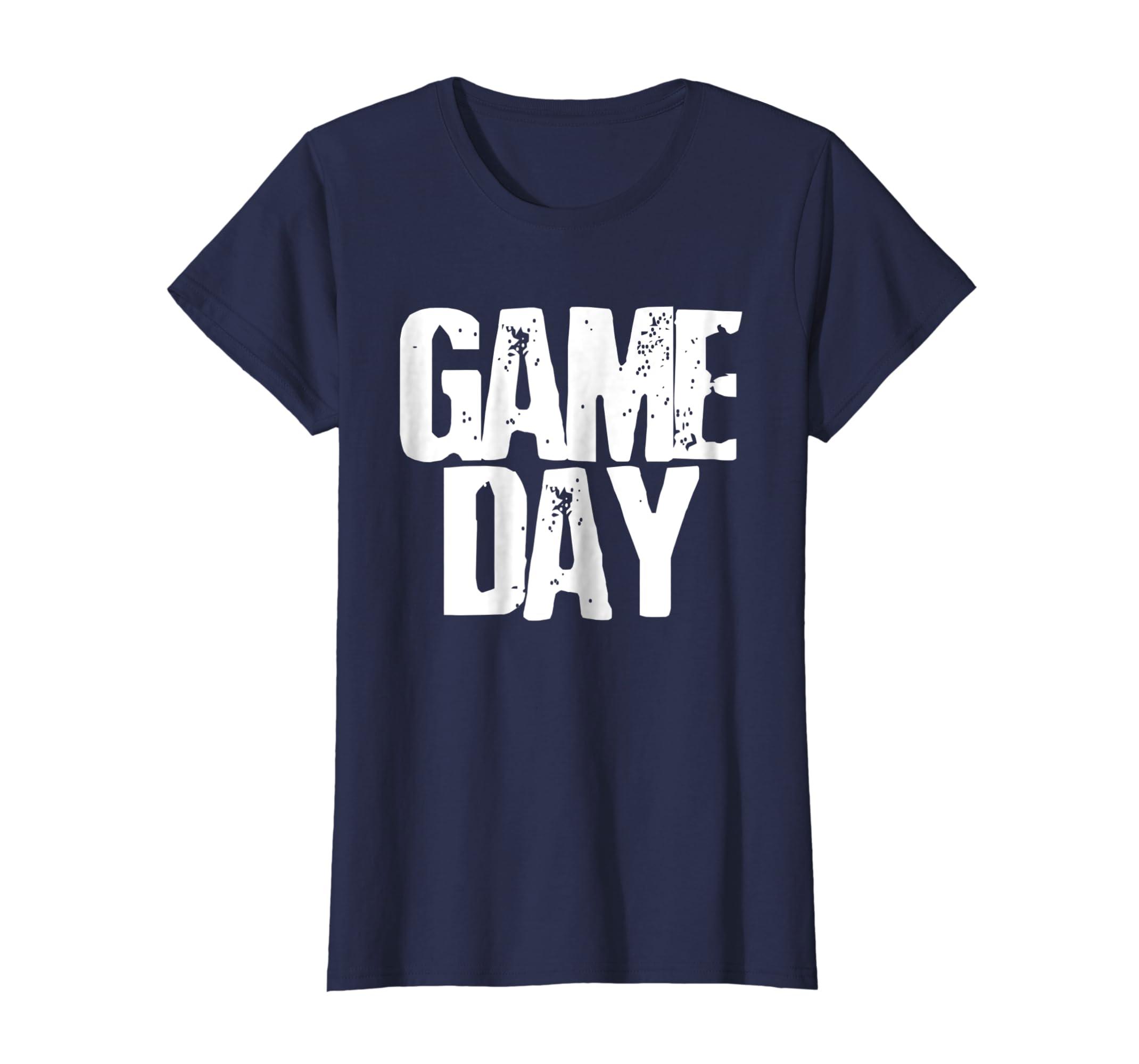 6d2932925 Amazon.com  Vintage Football Game T Shirt Women Men Cute Top Gifts  Clothing