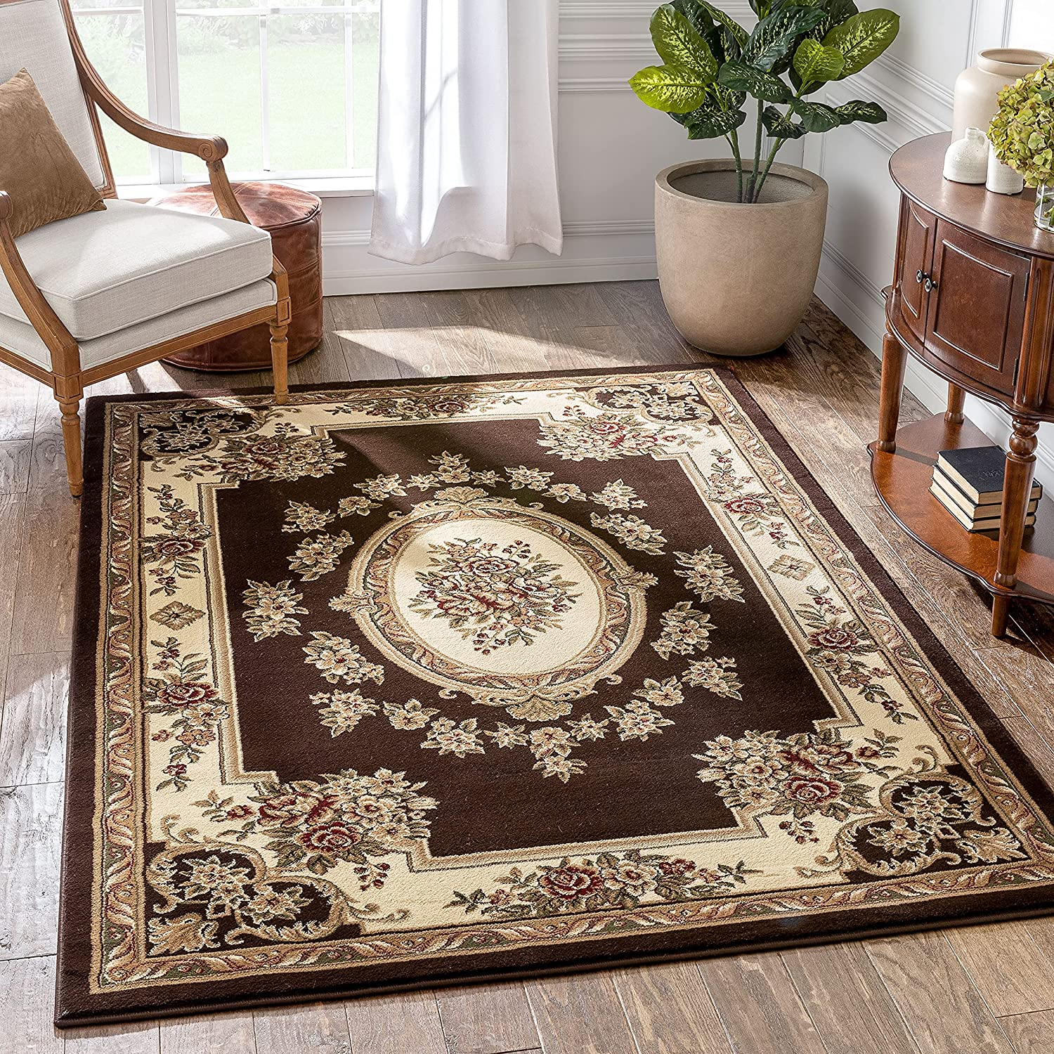 Well New Free Shipping Woven Timeless Le Petit Brown Traditional Palais Luxury goods Medallion