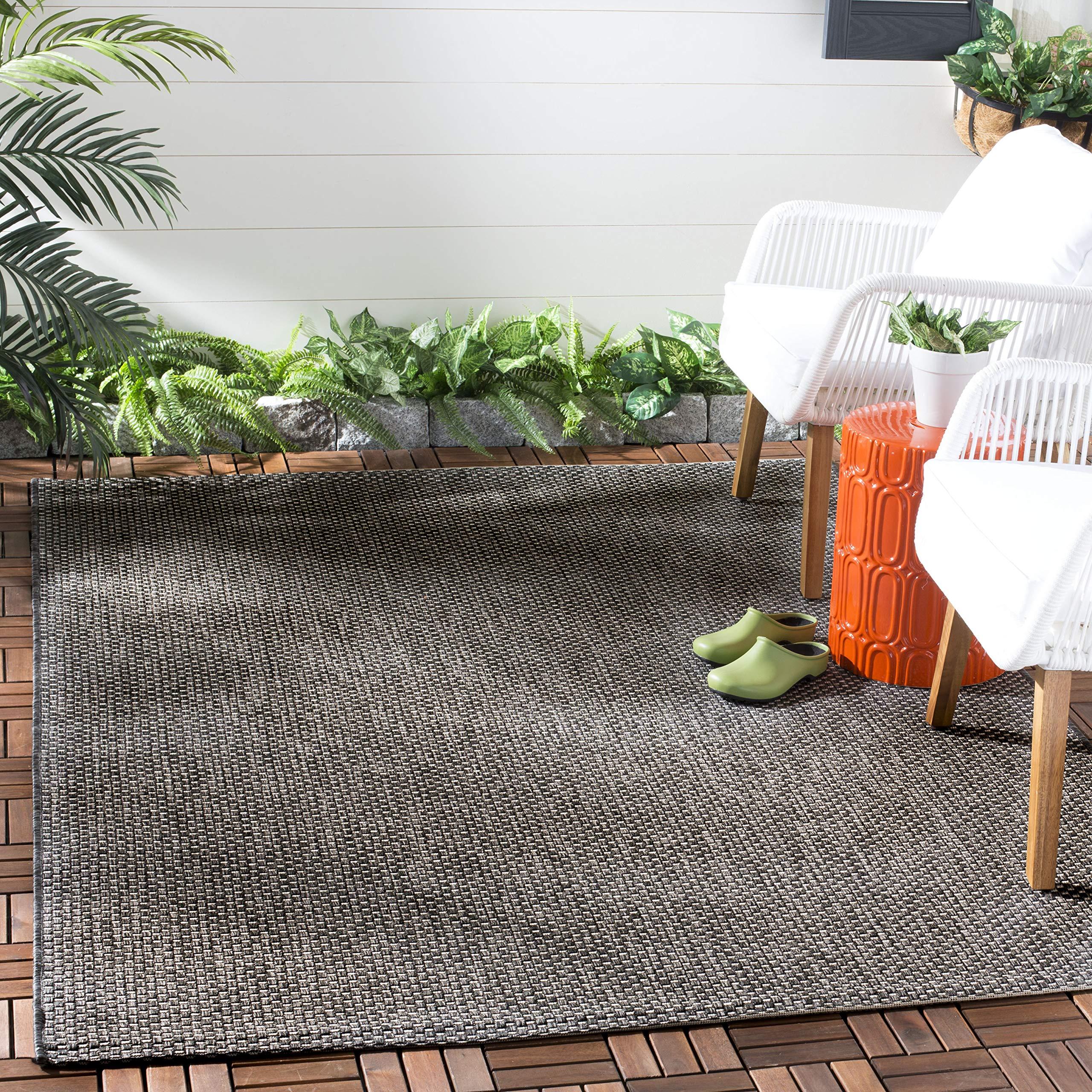 Amazon Com Safavieh Courtyard Collection Cy8521 Indoor Outdoor Non Shedding Stain Resistant Patio Backyard Area Rug 5 3 X 7 7 Black Beige Furniture Decor