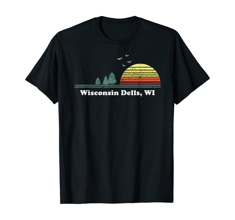 Vintage Wisconsin Dells, Wisconsin Home Souvenir Graphic Art T-Shirt