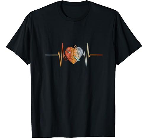 Vintage Retro Distressed Heartbeat Crochet Knitting Gift T Shirt