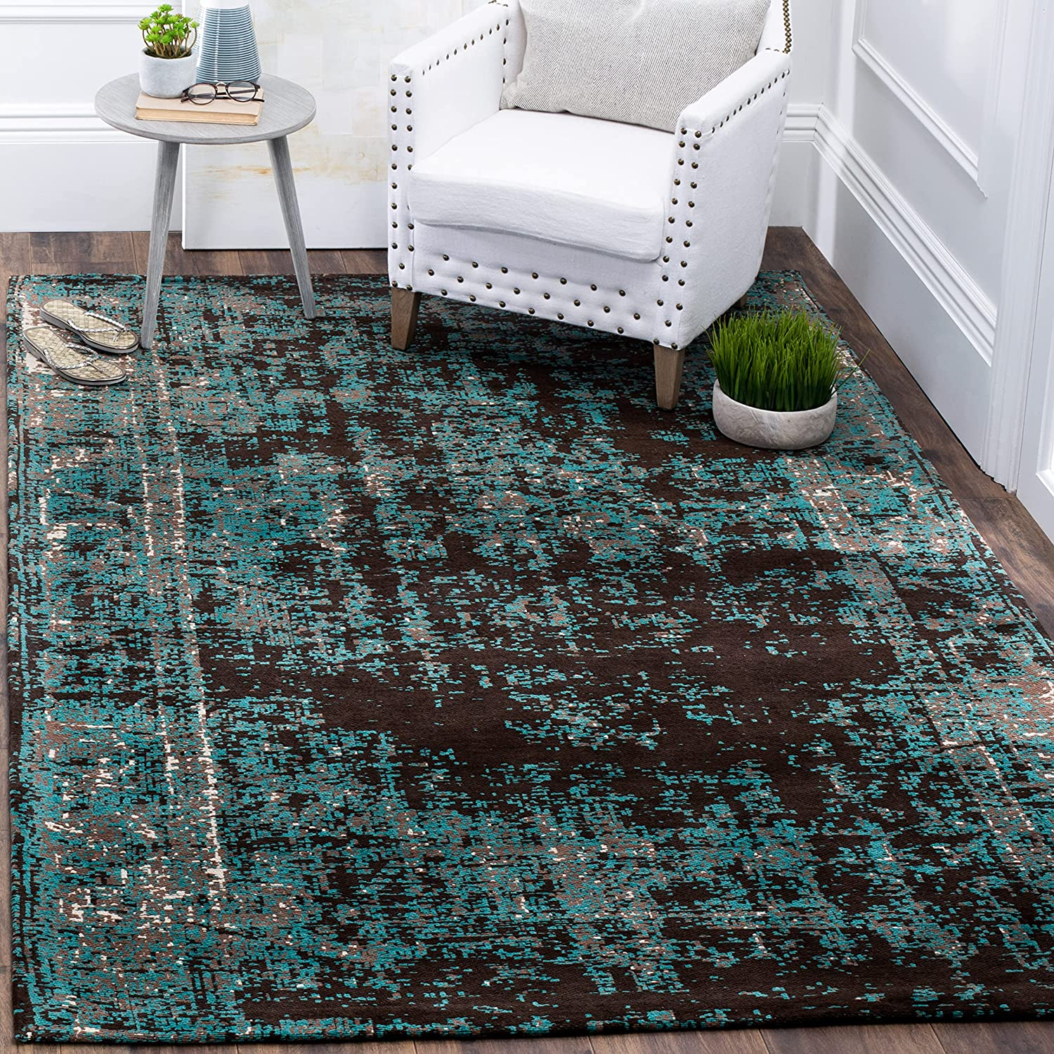Safavieh Max 56% OFF Classic Popular brand in the world Vintage Collection CLV225A Rug Distressed Area