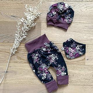 Sharlene Babymode ANGEBOT Set - Hose, Schleifenmütze, Halstuch - Schwarz - große Rosen Bordeaux Baby Mädchen