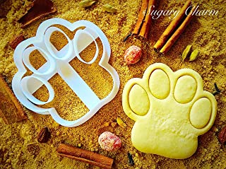 Dog Paw Cookie Cutter - Small Puppy Treat by Sugary Charm - Mini 3d Shaped Pawprint Cutters for Biscuits - Kitchen Shapes for Bulldog Lovers - Doggie Cookies Print Gift