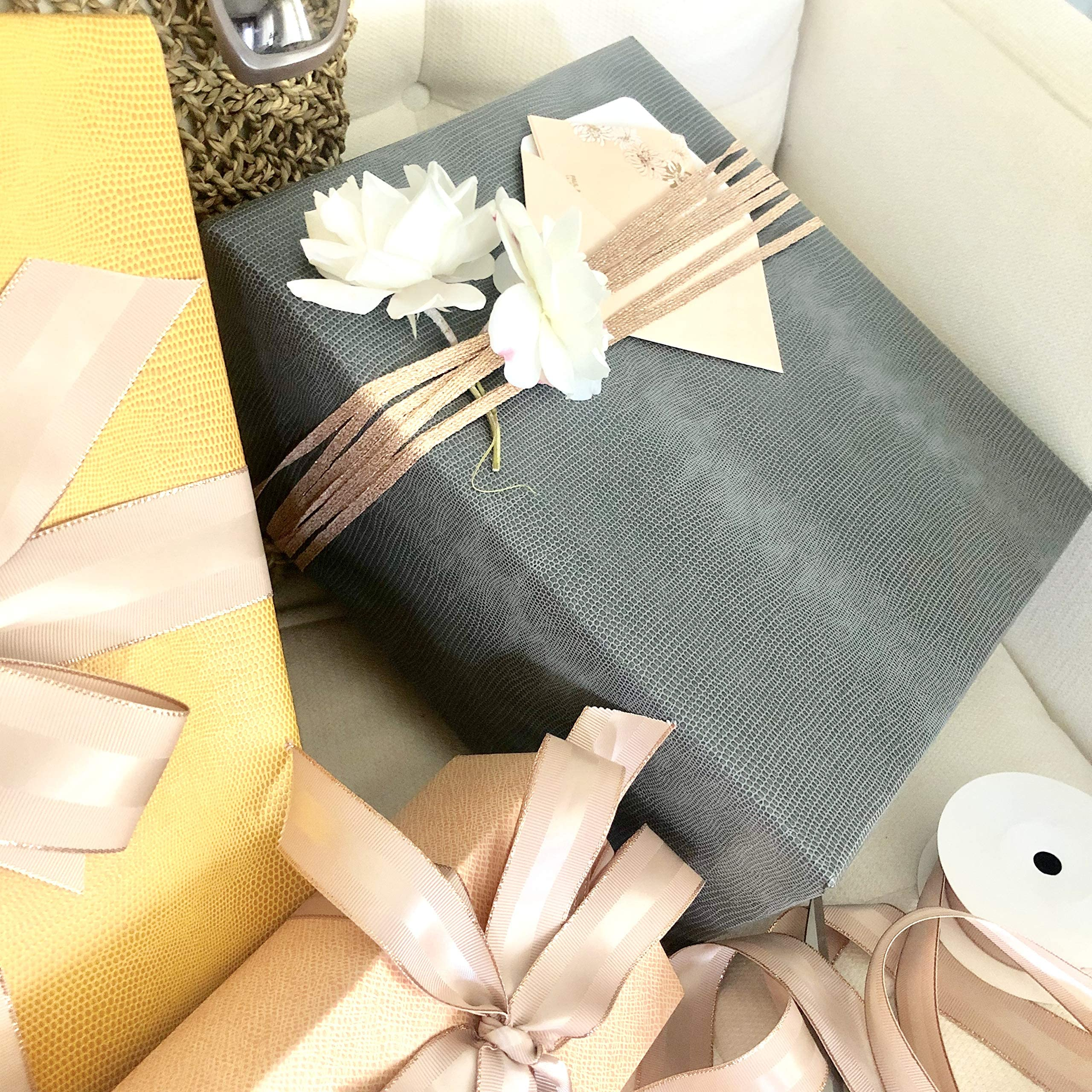 Gift Wrapping Upgrade your gift!