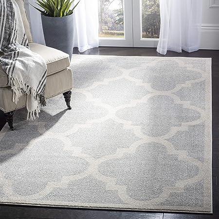 Amazon Com Safavieh Amherst Collection Amt423b Moroccan Trellis Area Rug 10 X 14 Light Grey Beige Furniture Decor