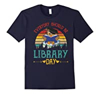 Vintage Everyday Should Be Library Day Owl Reading Book Gift Premium T Shirt Navy
