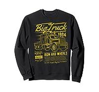Big Truck Semi Truck Retro Distressed T-shirt Sweatshirt Black