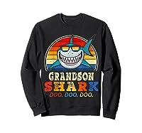 Vintage Grandson Shark T-shirt Birthday Gifts For Family Sweatshirt Black