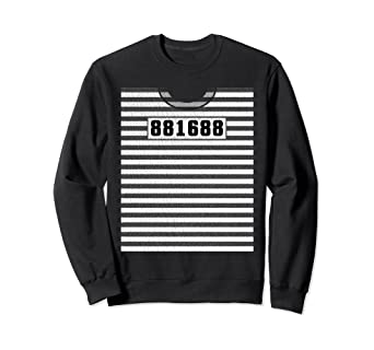 Amazon Com Prisoner Halloween Costume Prison Inmate Behind Bars Sweatshirt Clothing