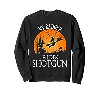 Badger Rides Shotgun Animal Lover Halloween Party Gift Shirts Sweatshirt Black