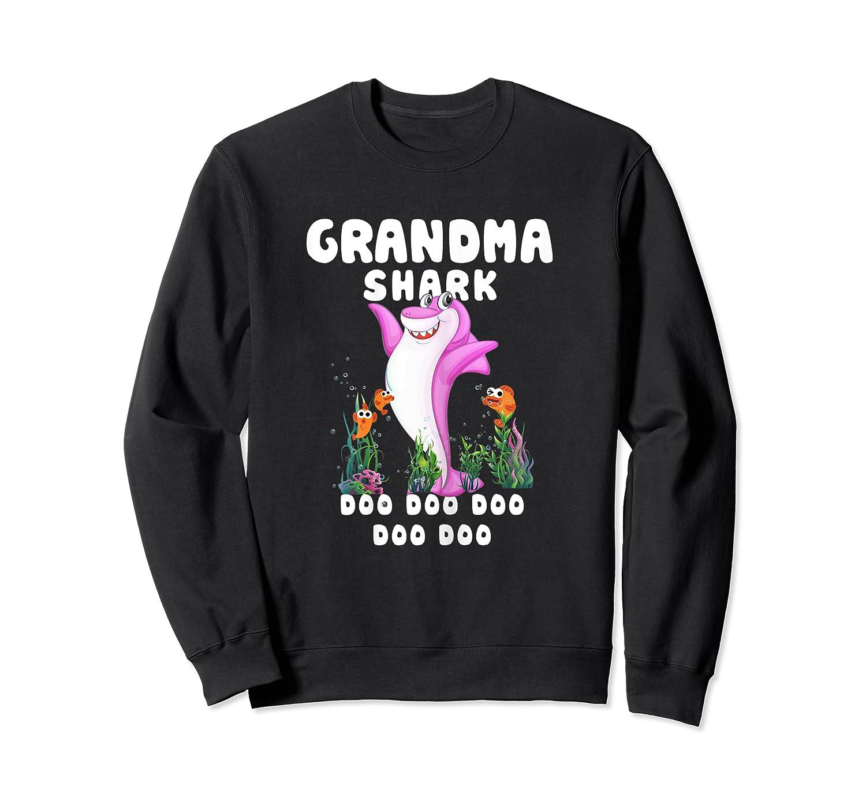 Grandma Shark Doo Doo Shirt Gift For Matching Family T-shirt Crewneck Sweater