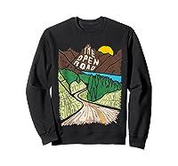 Road Trip 2019 Adventure Awaits Family Summer Vacation Gift Shirts Sweatshirt Black