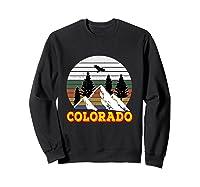 Vintage Outdoor Lovers Colorado Mountains Retro T-shirt Sweatshirt Black