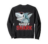 Dabbing Daddy Shark Fathers Day Gift Matching Shirts Sweatshirt Black