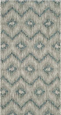Tapis rectangulaire d'intérieur/extérieur contemporain tissé , collection Cour, CY8463, en gris / bleu, 79 X 152 cm pour le jardin, le patio ou tout autre espace extérieur par SAFAVIEH.