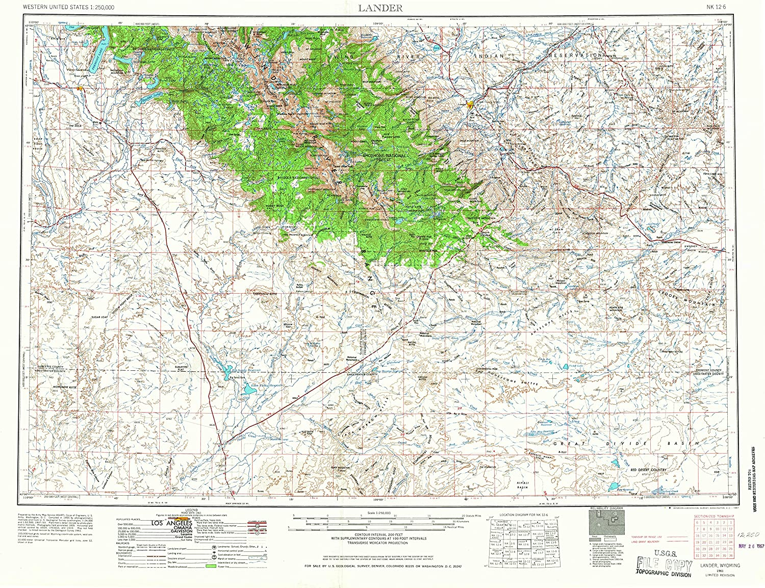 Lander WY topo map, 1 250000 Scale, 1 X 2 Degree, Historical, 1961, Updated 1967, 22 x 29.2 in