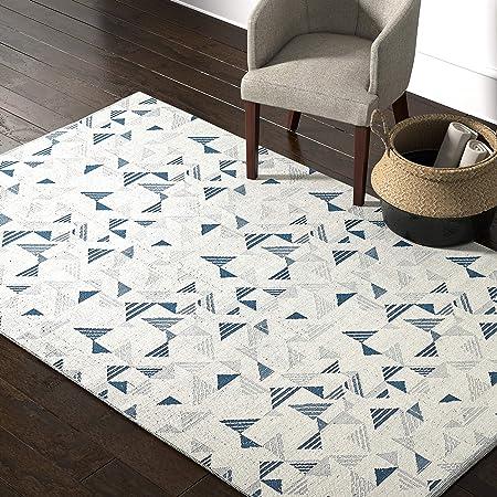 Amazon Com Amazon Brand Rivet Modern Geometric Triangle Wool Area Rug 5 X 8 Foot Blue Ivory Furniture Decor