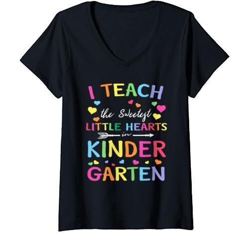 Womens I Teach The Sweetest Little Hearts Valentines Day Teache V Neck T Shirt