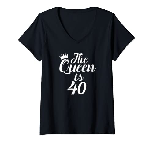 Womens The Queen Is 40   Funny 40th Birthday Novelty  V Neck T Shirt
